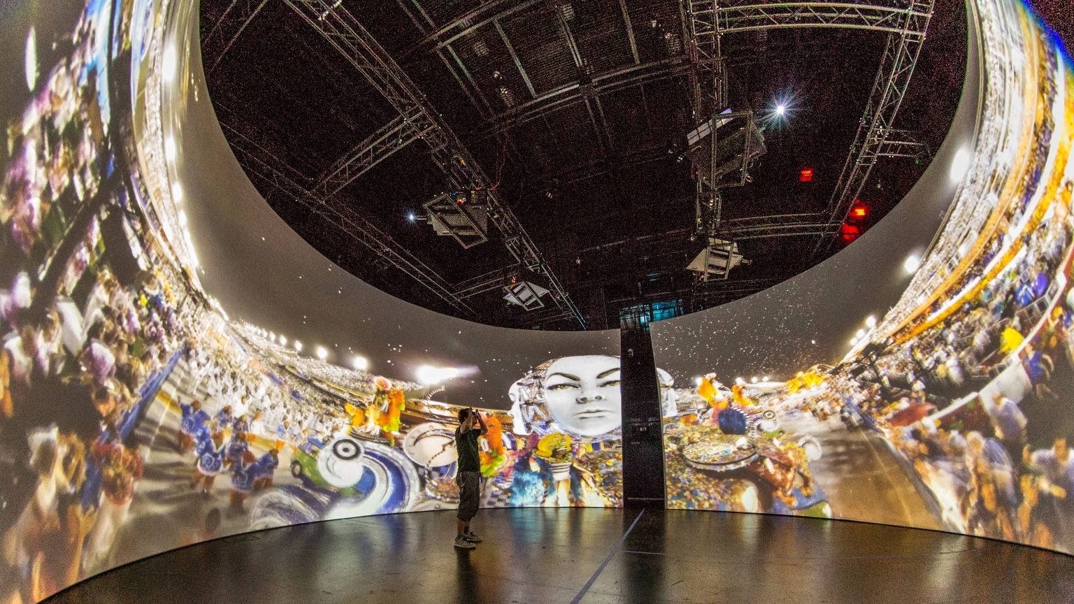 Immersive Projection Design | Projection Systems | The Elumenati